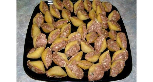 Большие макароны с фаршем внутри в духовке рецепт с фото