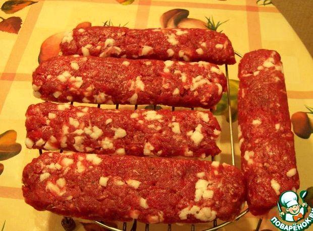 Домашняя колбаса из говядины в кишках рецепт с фото