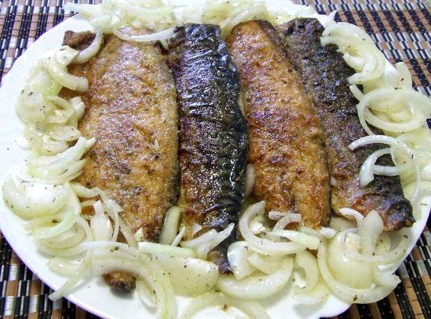 Как вкусно пожарить рыбу на сковороде рецепт