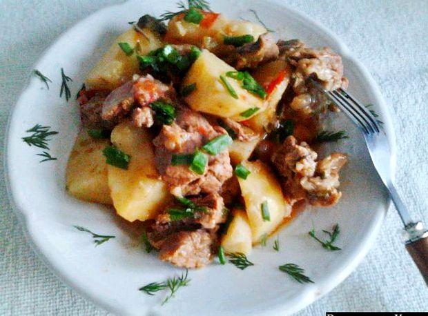 Картошка тушеная с курицей в кастрюле рецепт