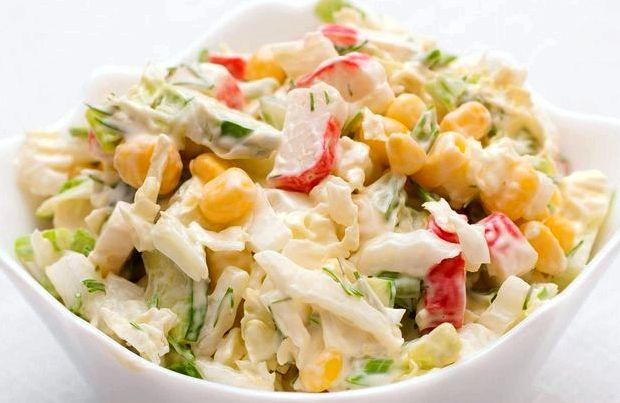 Крабовый салат с капустой пекинской рецепт с фото
