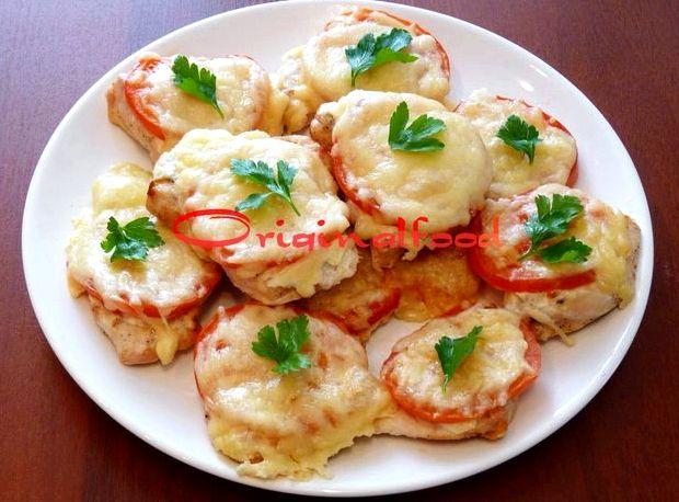 Курица с помидорами с сыром в духовке рецепт