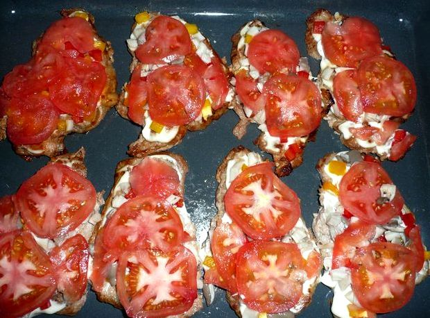 Отбивные из свинины в духовке рецепт с помидорами и сыром