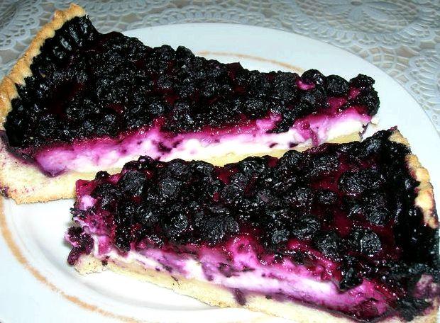 Песочный пирог с вишней и творогом рецепт с фото