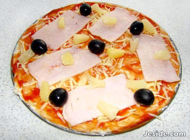 Пицца гавайская рецепт с ветчиной и ананасами