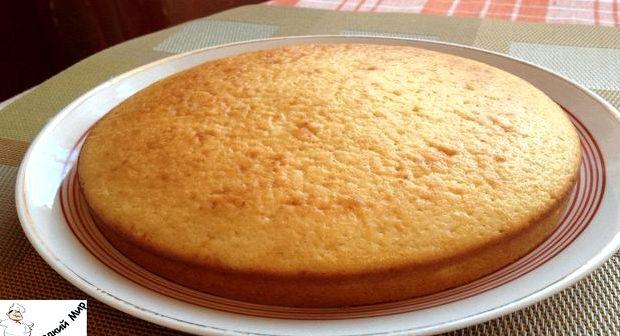 Пирог с вареньем на скорую руку на кефире без яиц