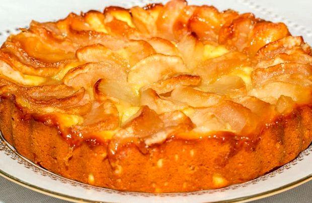 Пирог с яблоками на кефире в духовке рецепт с фото