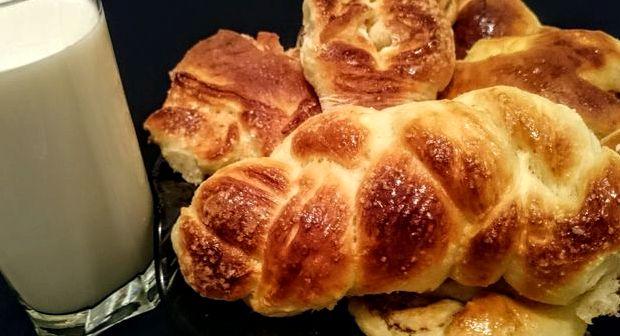 Рецепт булочки с дрожжевого теста с фото пошагово