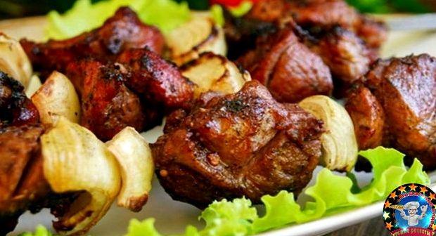 Рецепт для маринада шашлыка из свинины с уксусом и луком