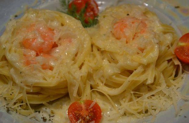 Рецепт фетучини с креветками в сливочном соусе