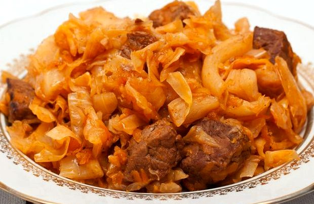 Рецепт капусты тушёной с мясом в мультиварке