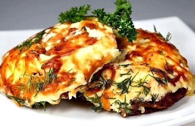 Рецепт мясо по французски из свинины в духовке с грибами и помидорами