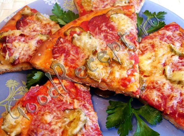 Рецепт пиццы с помидорами с сыром и с колбасой