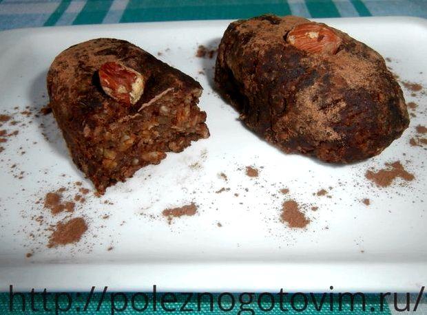 Рецепт пирожного картошка из печенья со сгущенкой в домашних условиях