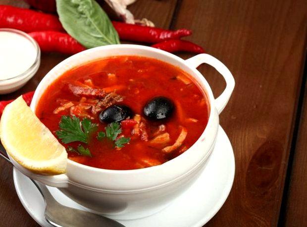 Рецепт супа солянки с колбасой сборной классический