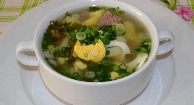 Рецепт зеленого борща с щавелем и яйцом фото пошагово
