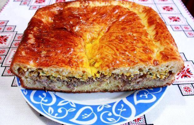 Рыбный пирог из консервов на кефире рецепт с фото