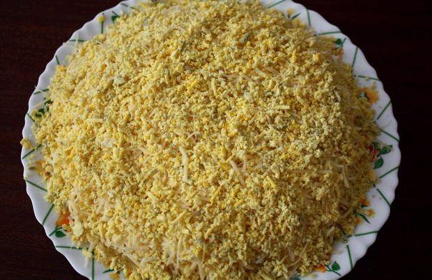 Салат курица с ананасами рецепт с фото классический с сыром