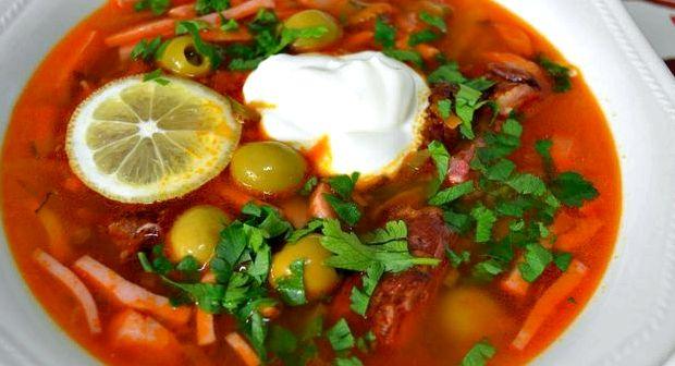 Сборная солянка рецепт классический с колбасой