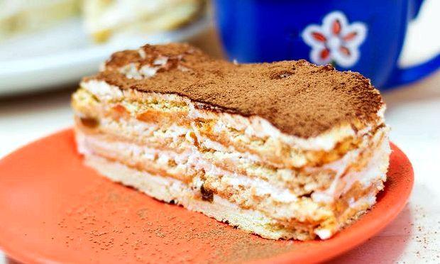 Торт из печенья без выпечки с бананом и сметаной фото и рецепт