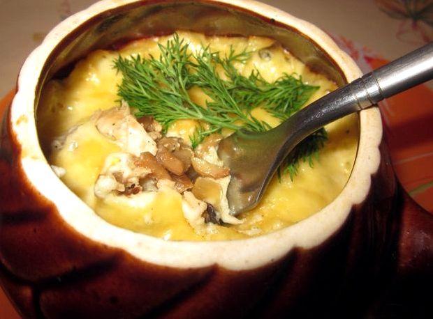 Жульен с курицей и грибами в горшочках в духовке рецепт с фото